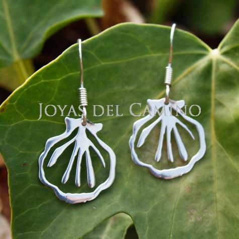 Berenguela Scallop Shell Earrings