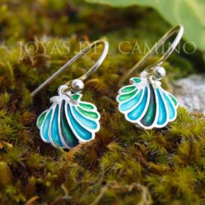 The Way Scallop shell earrings